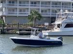 24 ft. Sea Hunt 236 Center Console Boat Rental Charleston Image 9
