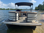 24 ft. Lexington 523 Pontoon Boat Rental Miami Image 3