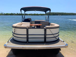 24 ft. Lexington 523 Pontoon Boat Rental Miami Image 2