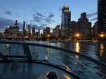 33 ft. Sea Ray Boats 300 Sundancer Cruiser Boat Rental Chicago Image 27