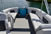 27 ft. Crest silver Pontoons '27 Cruiser Boat Rental Rest of Southwest Image 5