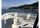 31 ft. Wellcraft 302 Fisherman Center Console Boat Rental East End Image 2