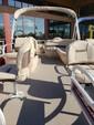 16 ft. Sun Tracker by Tracker Marine Bass Buggy 16 DLX w/40ELPT 4-S Pontoon Boat Rental Phoenix Image 5