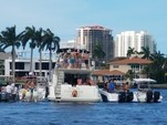 24 ft. Robalo 240 CC W/2-F150XA Center Console Boat Rental West Palm Beach  Image 5