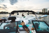 22 ft. MasterCraft Boats NXT Bow Rider Boat Rental West Palm Beach  Image 2