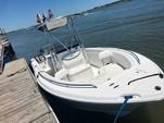 23 ft. Sea Hunt Boats Ultra 232 Center Console Boat Rental Charleston Image 2