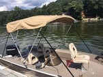 17 ft. MonArk Marine 1601 Signature Aluminum Fishing Boat Rental New York Image 2