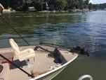 17 ft. MonArk Marine 1601 Signature Aluminum Fishing Boat Rental New York Image 3