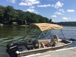 17 ft. MonArk Marine 1601 Signature Aluminum Fishing Boat Rental New York Image 1
