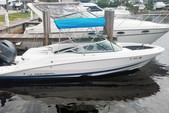 21 ft. Regal Boats 2100 Bow Rider Boat Rental Miami Image 8