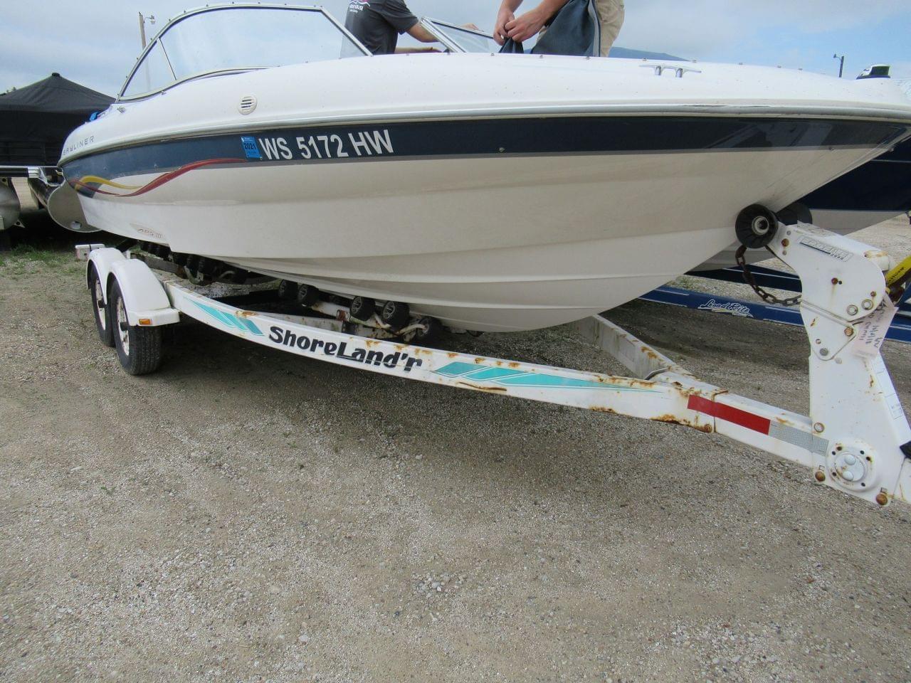 Used 2001 Bayliner 215, Stock #UBA1319 - The Boat House