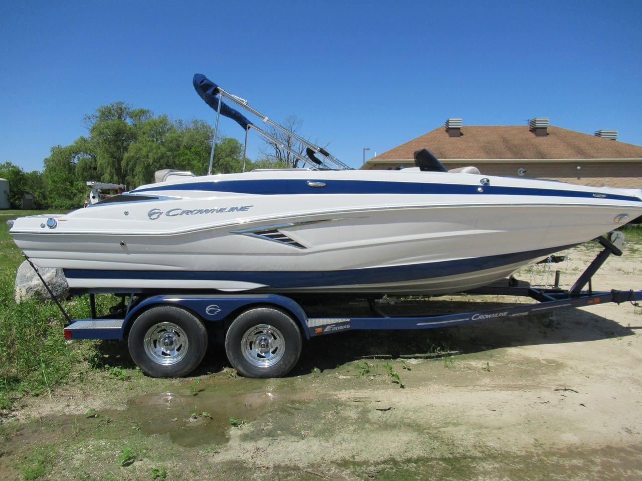 New 2019 Crownline E205XS, Stock #CL54838 - The Boat House