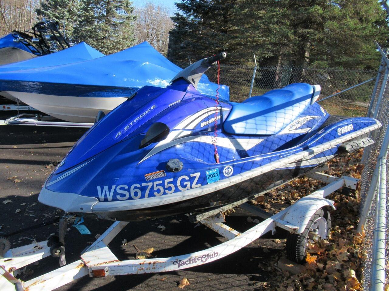 2013 Yamaha WaveRunner VX Deluxe (Pair) Power Boat For