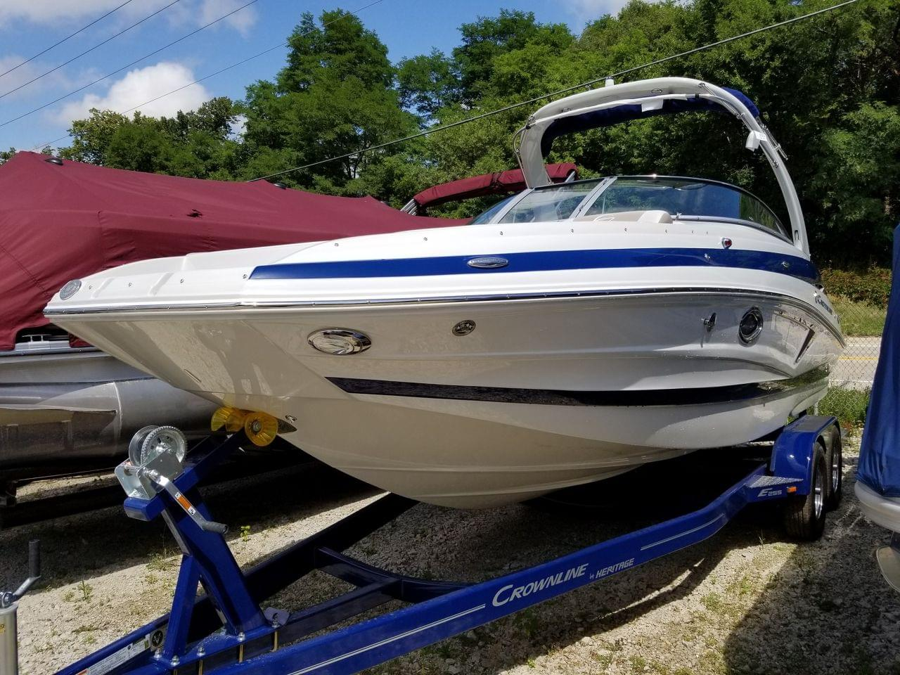 Used 2019 Crownline E255, Stock #CL54703-DEMO - The Boat House