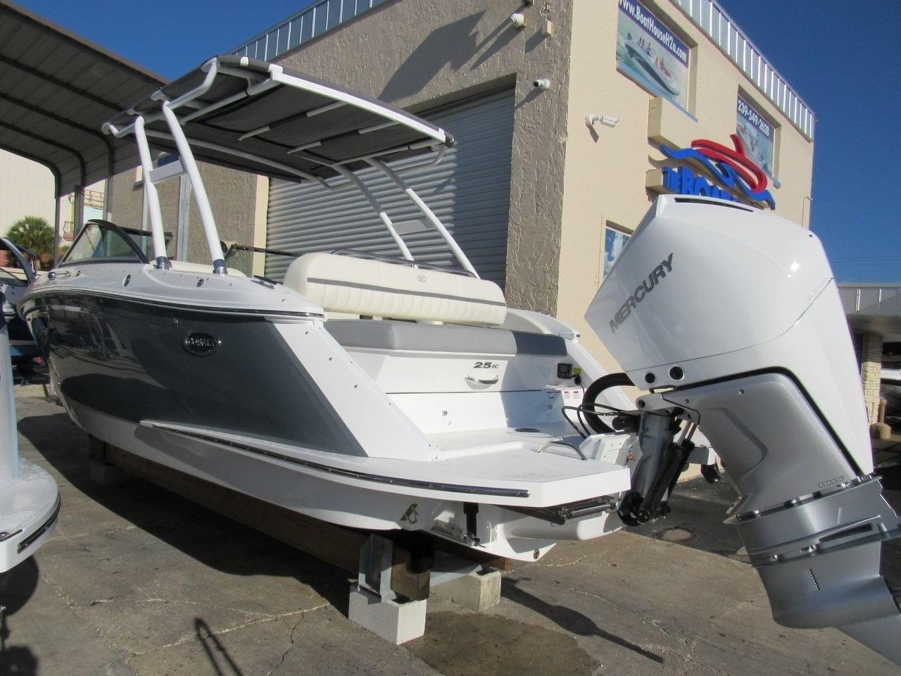 New 2019 Cobalt 25 Sc Stock 407772 B1 The Boat House