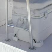 TH Marine Cooler Mounting Kit - Corner