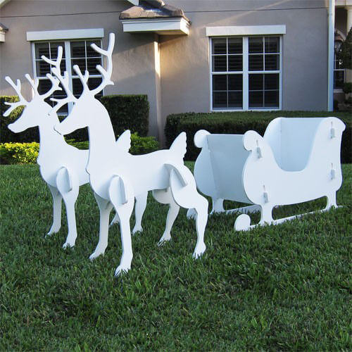 Christmas sleigh and reindeer set for Christmas outdoor decoration patterns
