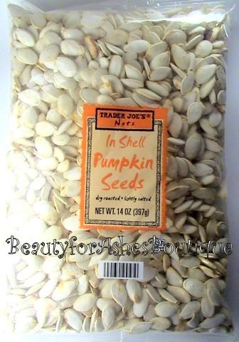 TRADER JOES NUTS DRY ROASTED SALTED PUMPKIN SEEDS 14 OZ