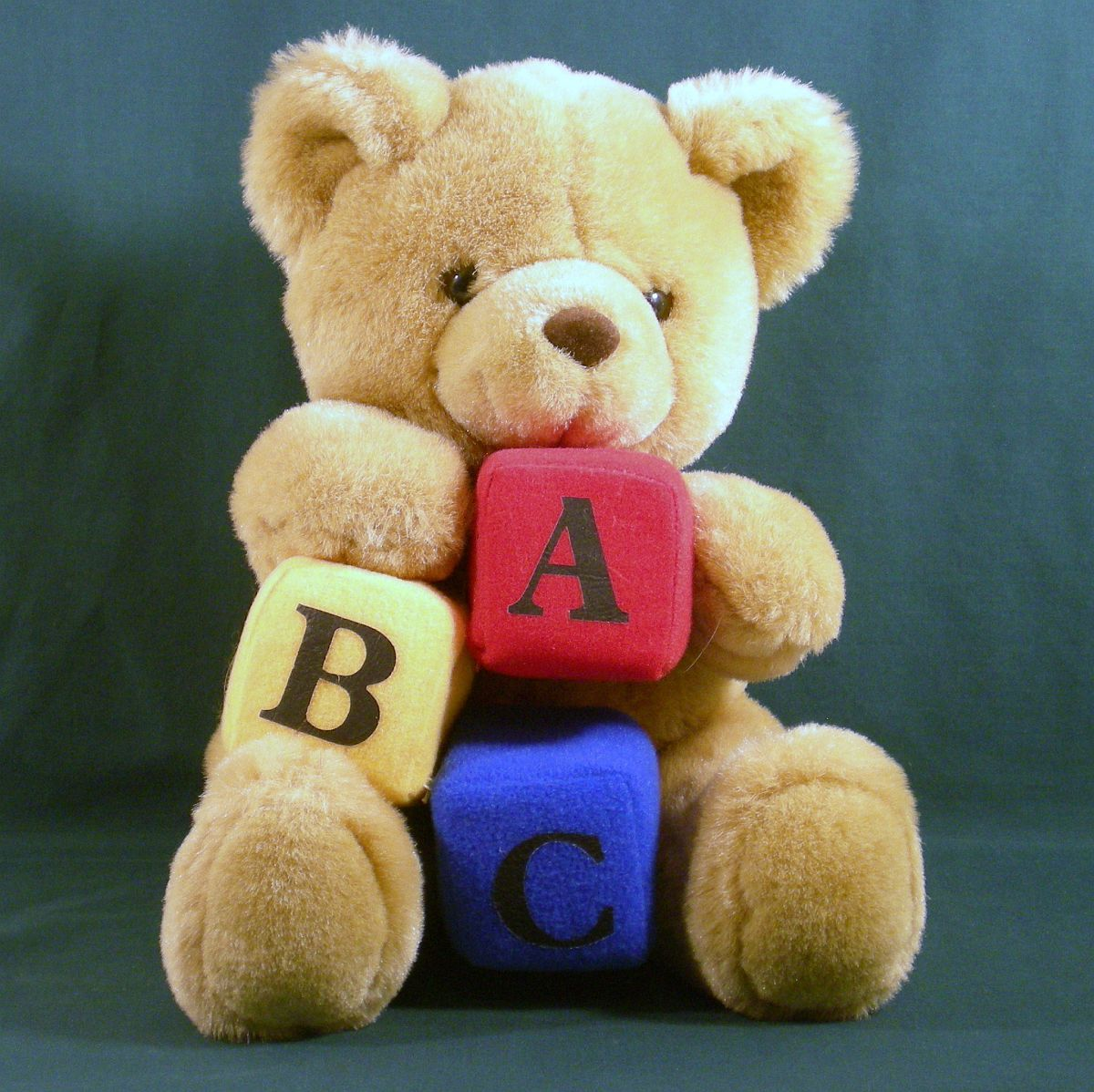 Alpha Block Kay Bee baby brown bear 1992 Alphabet bear