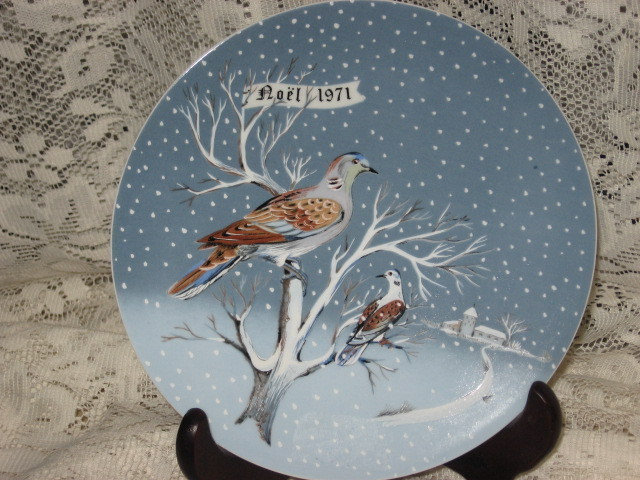 Haviland - Twelve Days of Christmas Collector Plate #2 - Two Turtle Doves 1971