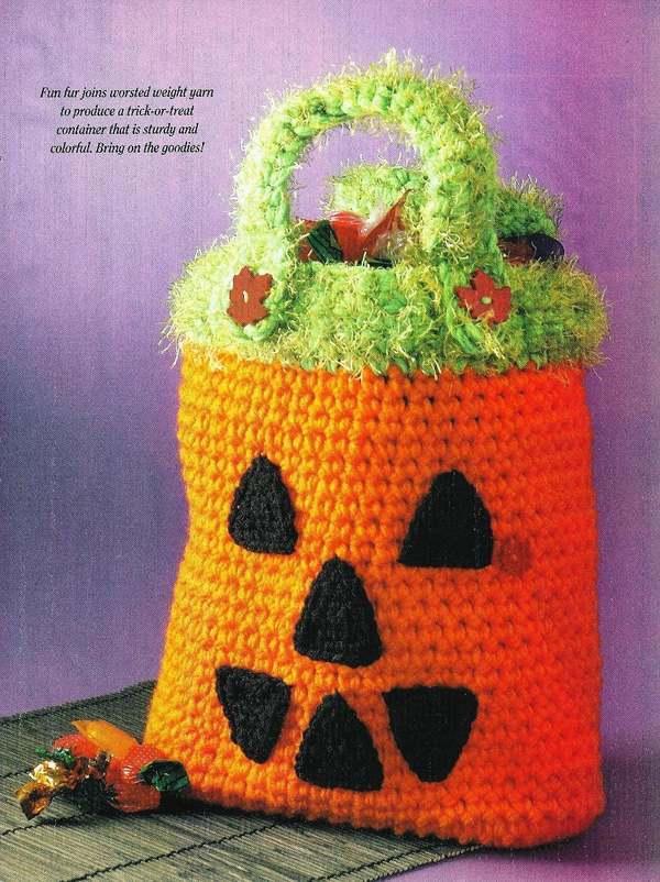 Crochet Trick or Treat Halloween Pumpkin Bag Pattern - Holiday