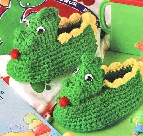 Free Crochet Pattern Dinosaur Slippers : Dinosaur Slippers Crochet Pattern Boy Girl Childrens Baby ...