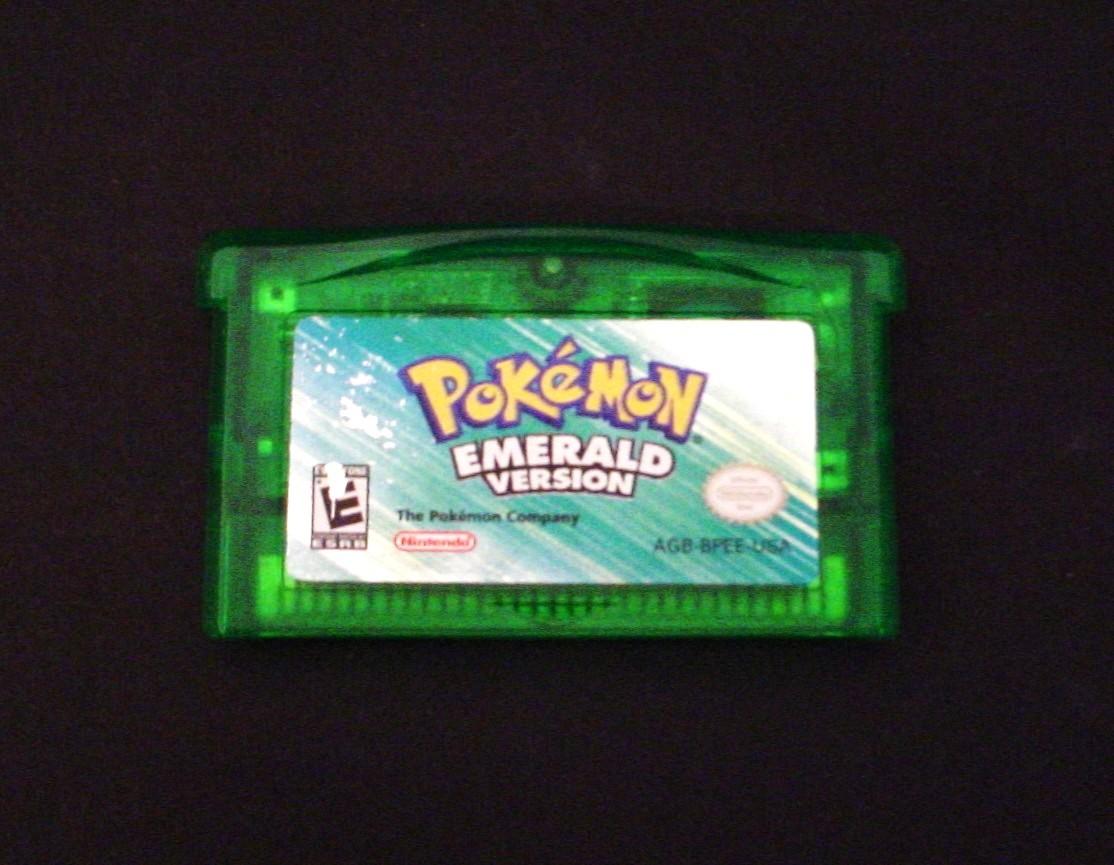 Pokemon Emerald Version Nintendo Game Boy Advance - Video ...