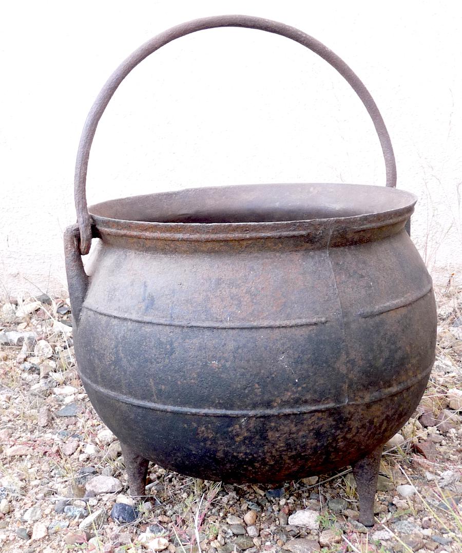Kettle Cast Iron ~ Antique primitive large cast iron fireplace cauldron