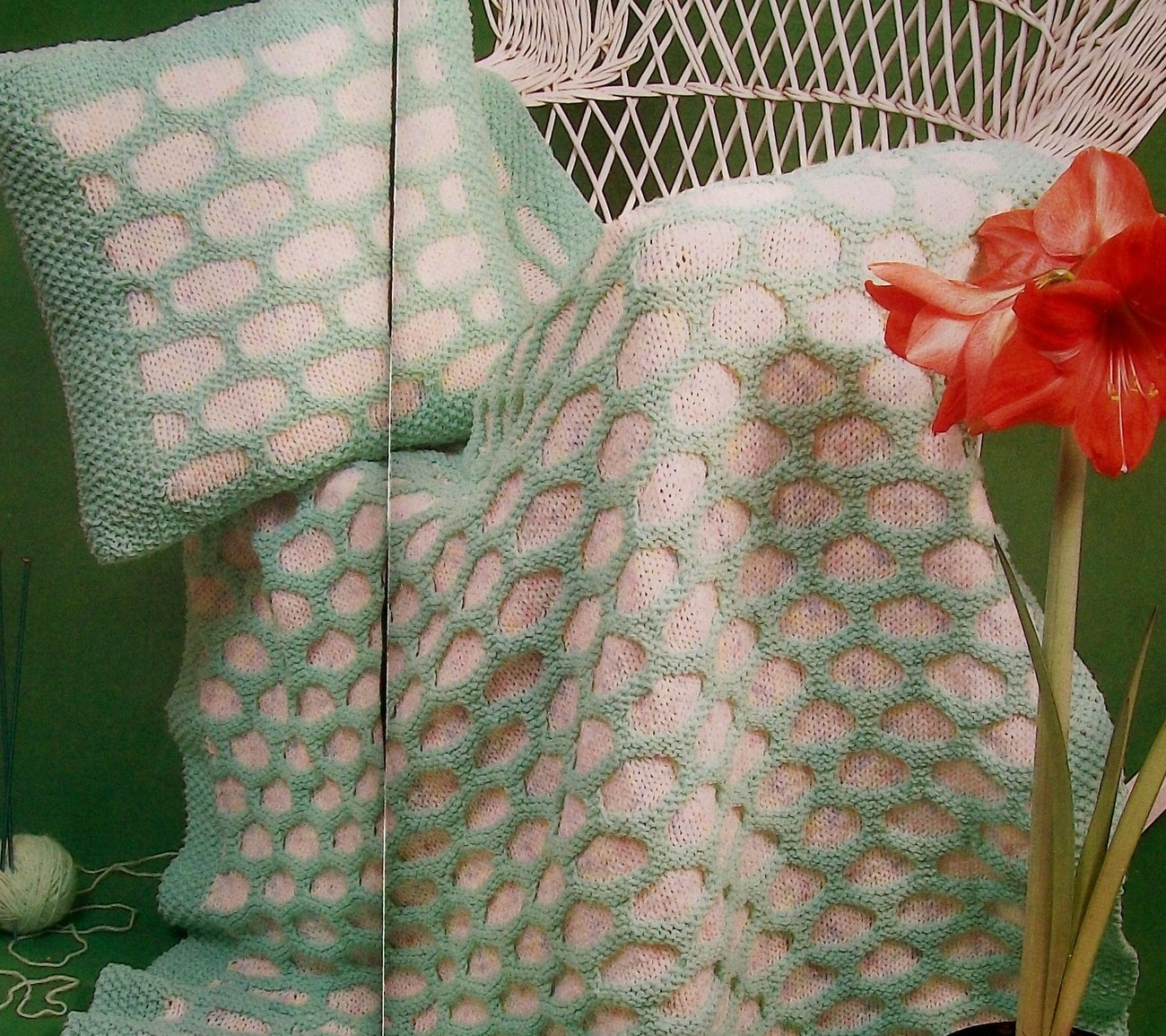 Spring Time HoneyComb Afghan + Matching Pillow, Knit ...