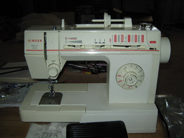 singer sewing machine merritt 4530