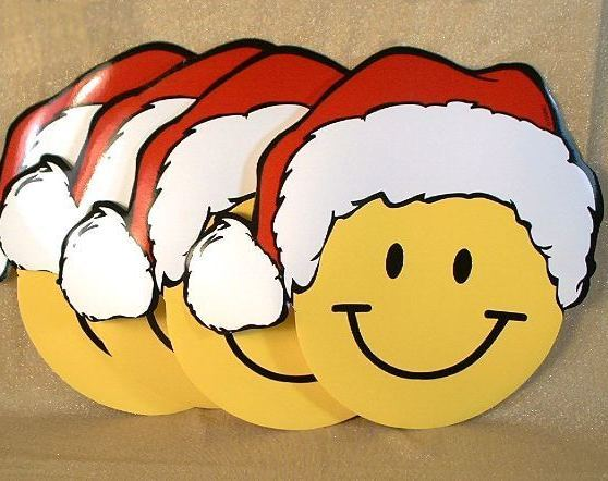 4 SMILEY Face SMILIE Wearing Santa Hat Vinyl Place Mats