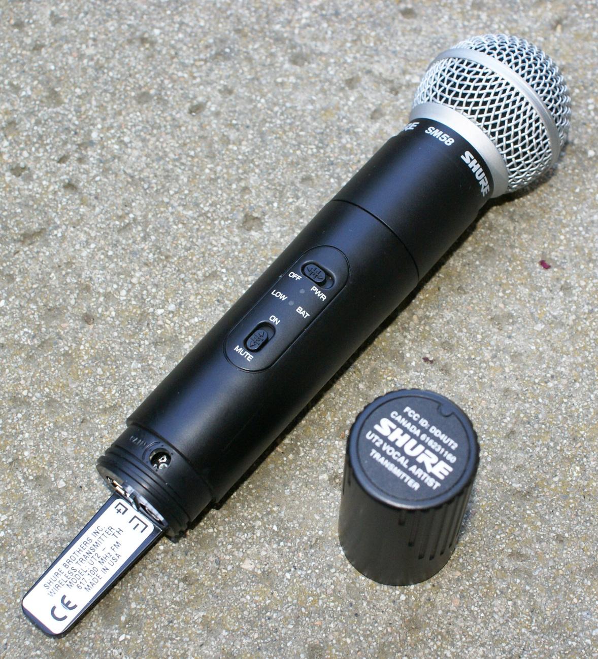 shure sm58 ut2 vocal artist transmitter microphone handheld. Black Bedroom Furniture Sets. Home Design Ideas