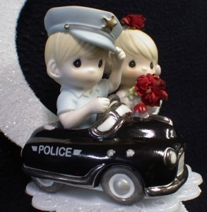 precious moments police wedding cake topper precious moments wedding cake topper policeman 4 18712