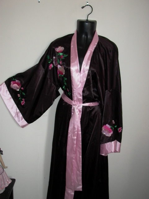 FLORA NIKROOZ  Long Night Gown Robe M with Tie SILKY Pink Black UNWORN