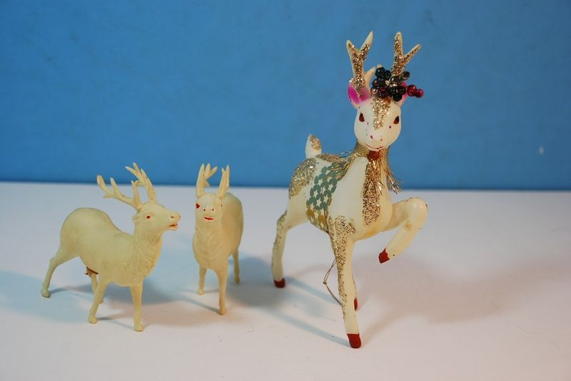 3 VINTAGE WHITE PLASTIC REINDEER MADE IN OCCUPIED JAPAN