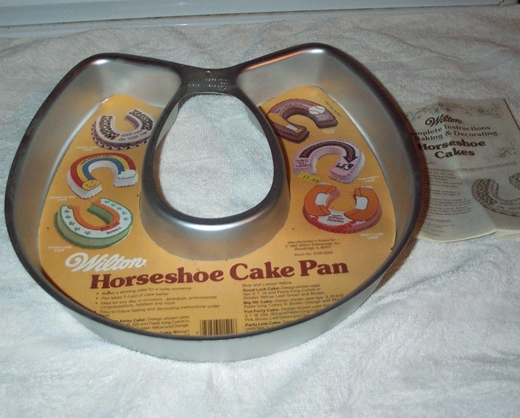 Wilton Cake Pans Horseshoe