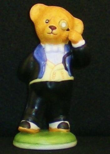 Hotel Teddington Reggie Bruin porcelain bear figurine 1986