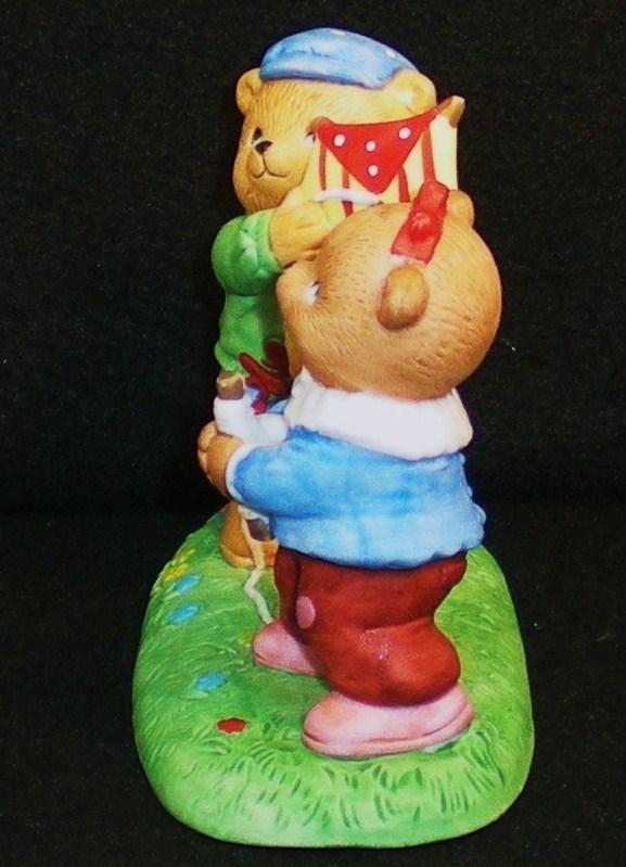 Image 2 of Calendar Bears March Winds Bears Bronson Figurine 1990