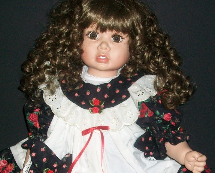 Lloyd Middleton Royal Vienna Collection Doll Maria
