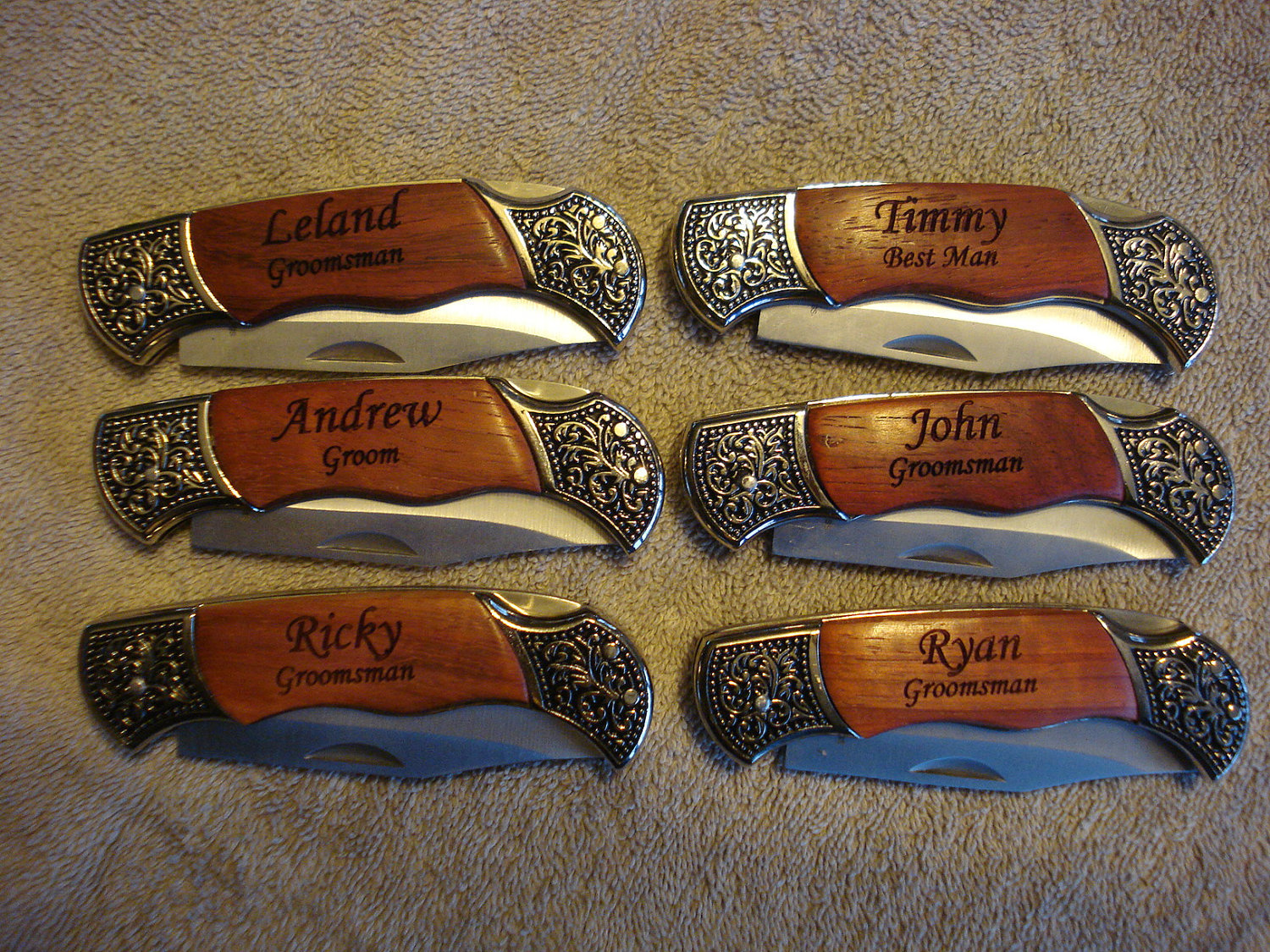 ... Pocket Knives - Gifts for Groomsmen, Wedding Party - Party Favors