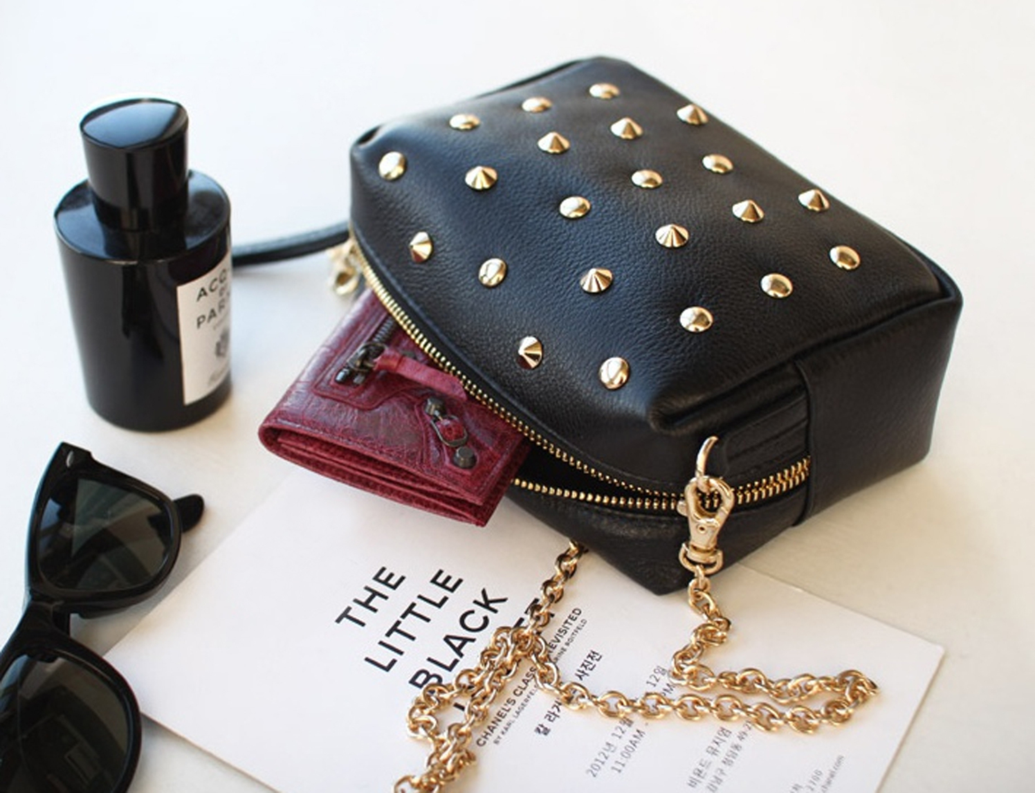 2014_spring_summer_studded_small_purse_black_copy