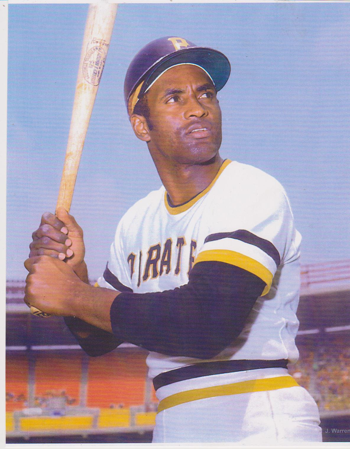 Roberto clemente pittsburgh pirates wb 11x14 color for Roberto clemente coloring page
