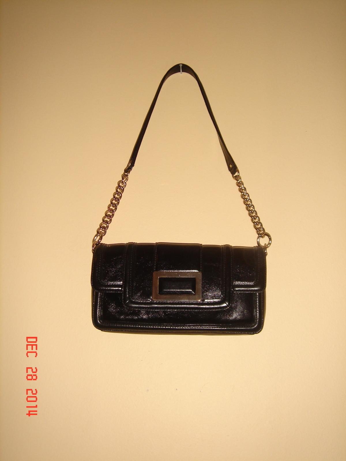Banana Republic-Leather Shoulder Bag with golden hardware - Handbags ...