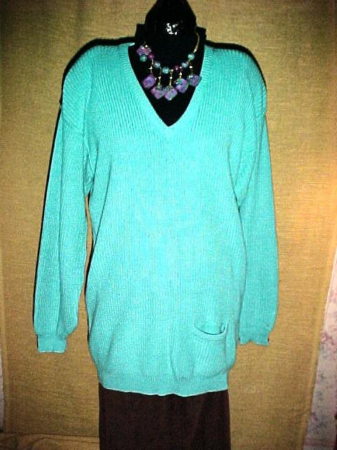 Liz claiborne pullover turquoise medium v neck longsleeve for Liz claiborne v neck t shirts
