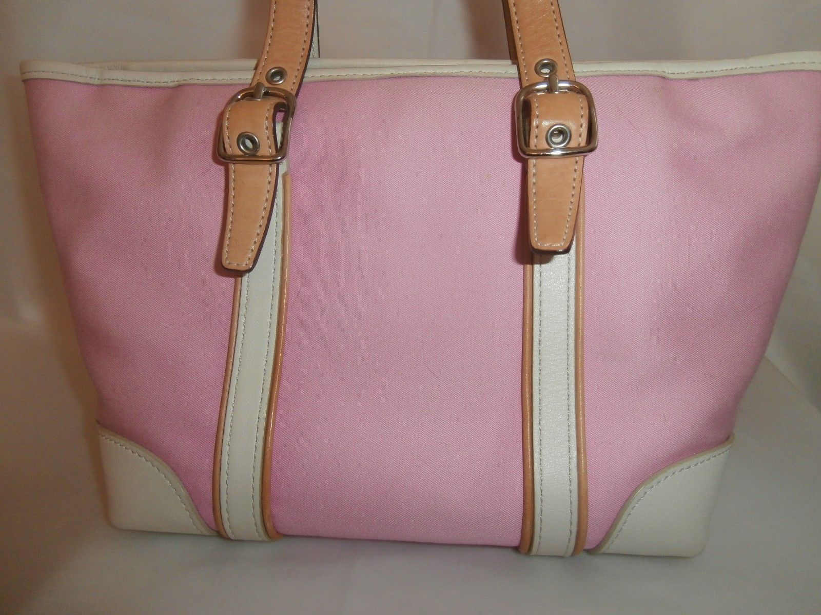 cute authentic coach purse small light pink leather summer. Black Bedroom Furniture Sets. Home Design Ideas