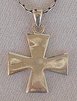 Silver cross patte