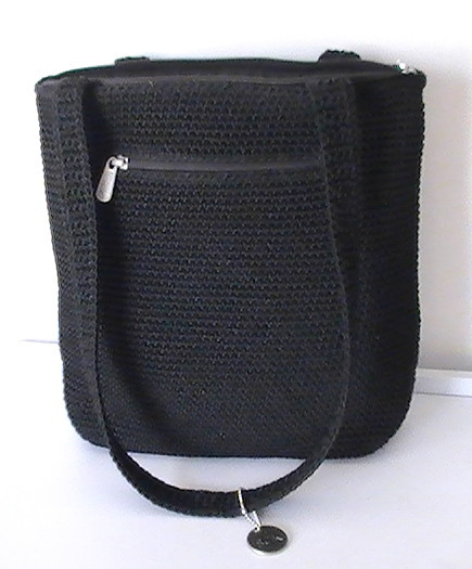 Le Sak Crochet Bags : The_sak_shoulder_bag_tote_double_straps_black_crotchet_hand_bag_002