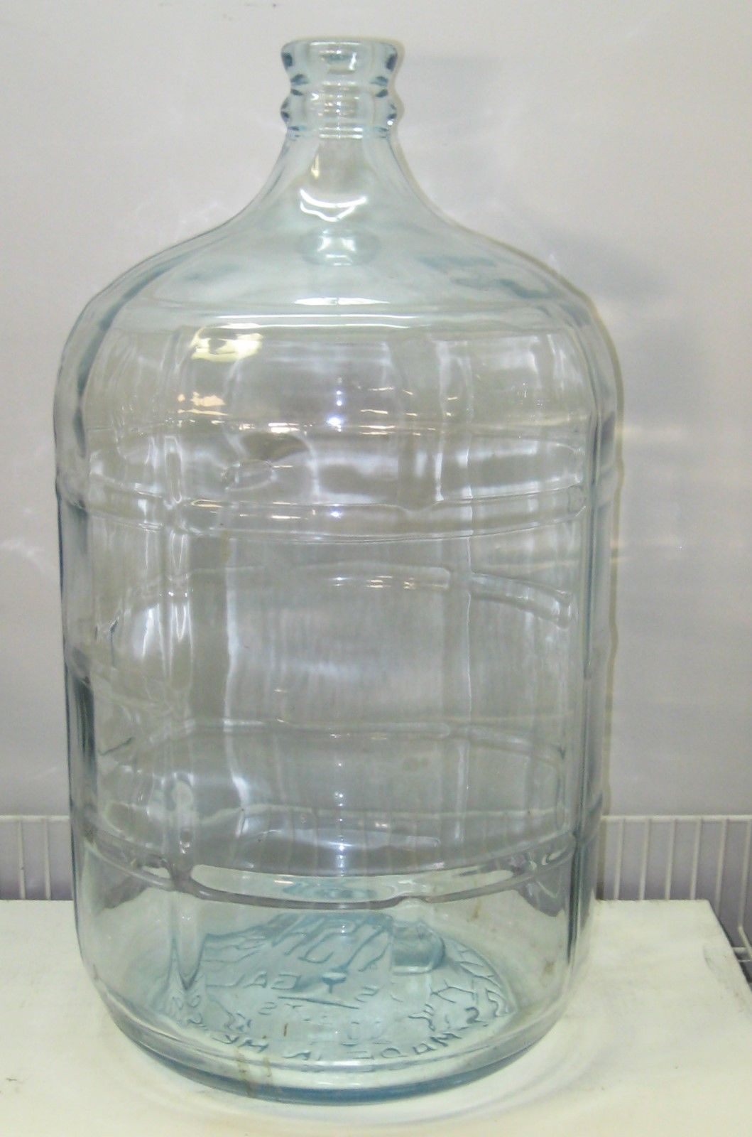 vintage crisa 5 gallon glass water bottle jug mexico carboy beer wine blue tint wine. Black Bedroom Furniture Sets. Home Design Ideas