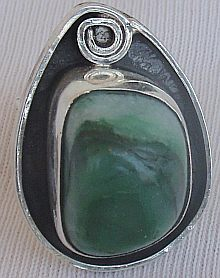 Green glass hand made ring GHM10