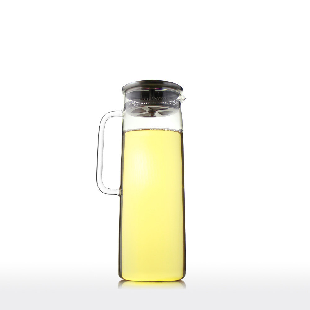 Il - Glass filtered water pitcher ...